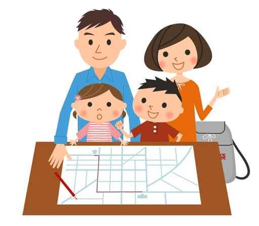 避難経路を確認する家族